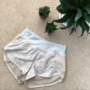 Outdoor Voices Hudson Shorts XS Pebbled Sand